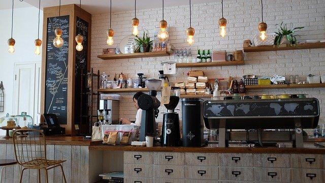 カフェ・レストラン巡り