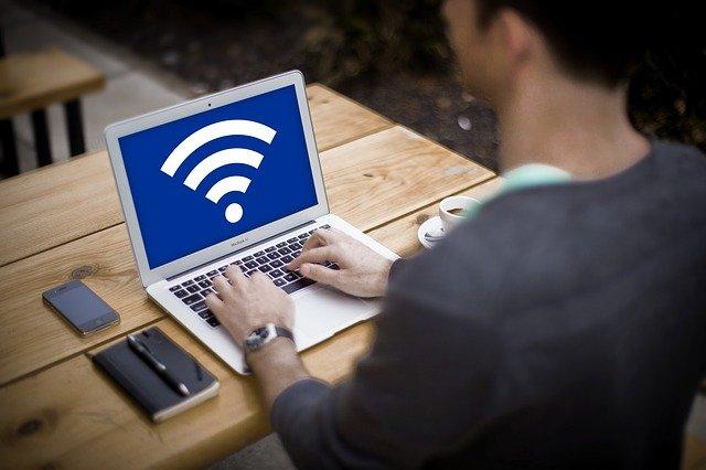 海外用Wifiルーターが必要な理由とは?