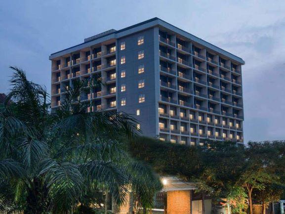 Delonix Hotel(デロニクス)