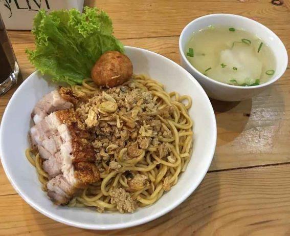 Golden Egg Noodle(ゴールデンエッグヌードル)