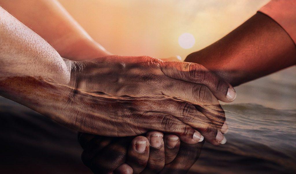 4 : 知り合い(家族・友人・知人)に合う