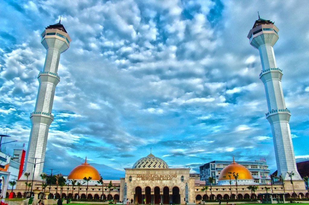 Masjid Raya Bandung(グランドモスク)