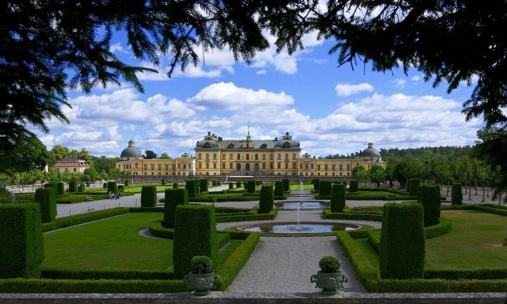 見どころ 2 : ボゴール宮殿