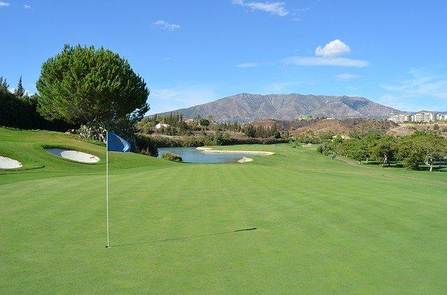 ボゴールのゴルフ場をご紹介します!【定番の7コース】