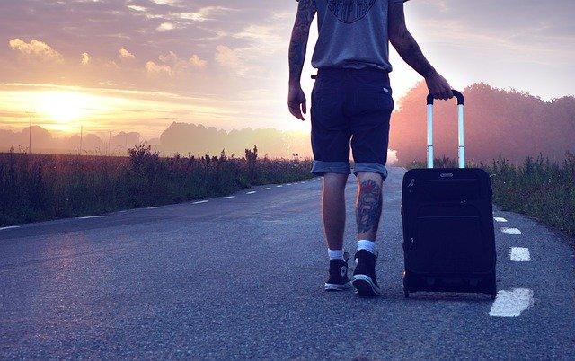 旅行にはスーツケース(旅行かばん)のレンタルがおすすめです!