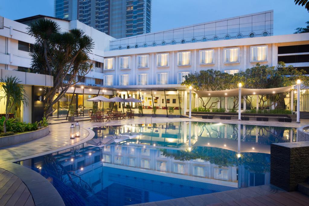 グランドクマン ホテル (Grandkemang Hotel)