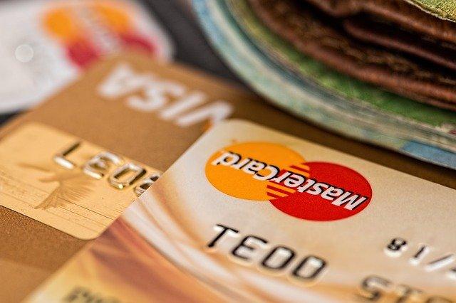 プライオリティ・パスは楽天プレミアムカードでお得に取得可能です!