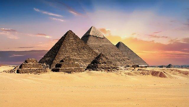 インドネシアの人口ピラミッドを見て分かることとは?